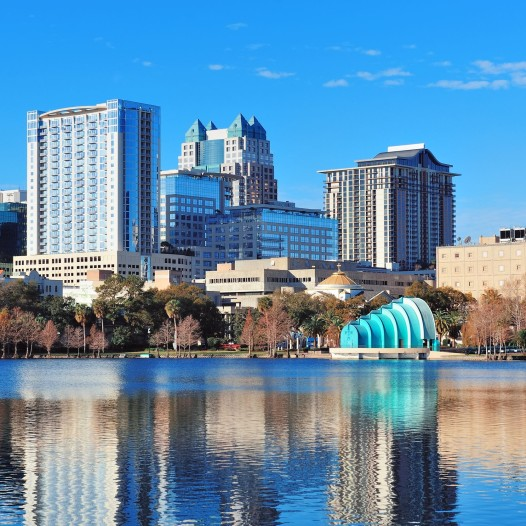 Orlando-skyline-on-Lake-Eola